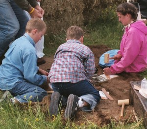 Kids doing some leathercraft, photo by J. Turner