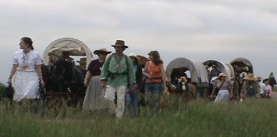 Covered wagons on the trail, photo by L. Deutscher